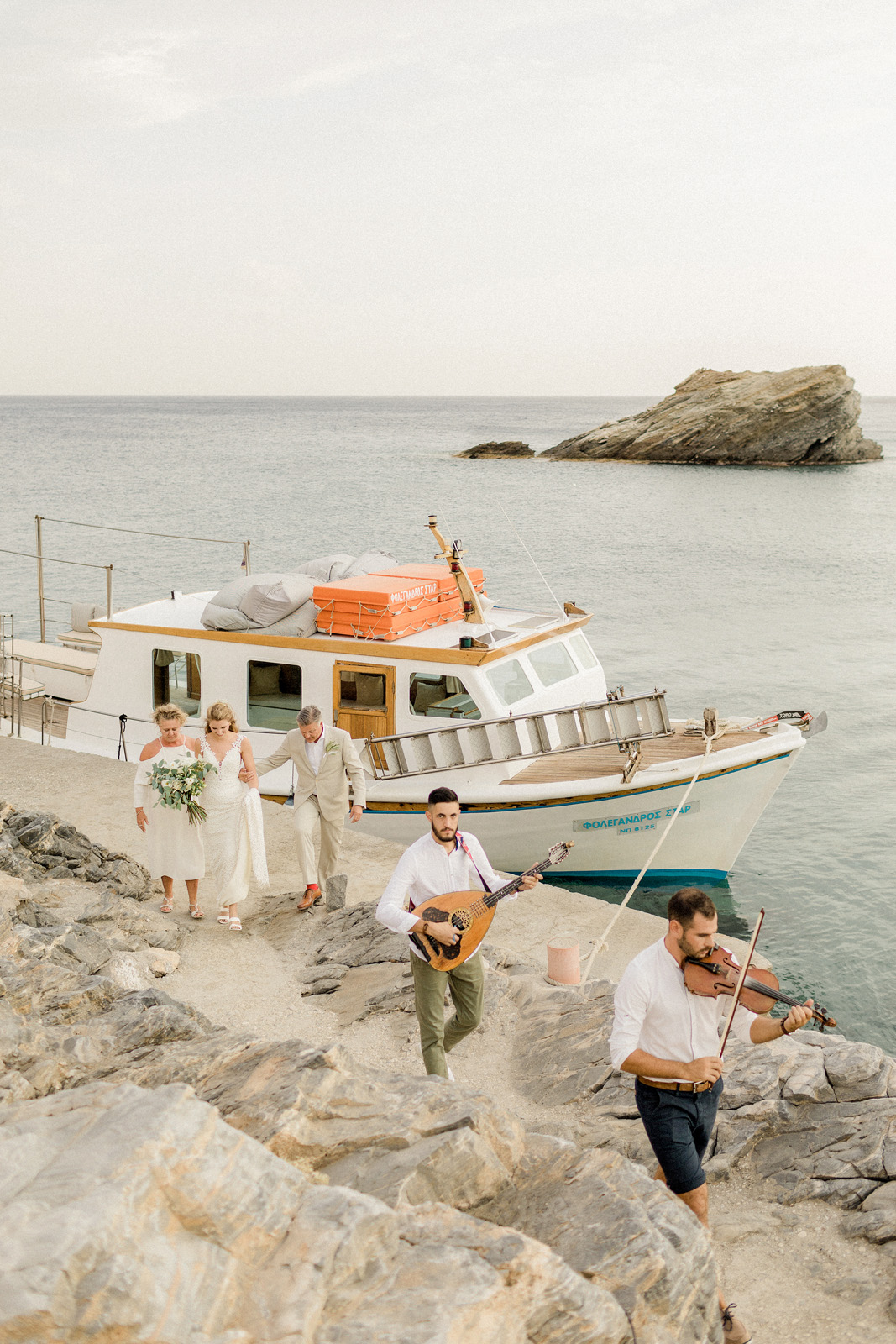 Folegandros romantic boho chic wedding_0066