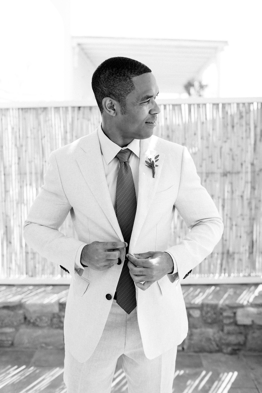 Mykonos photographer elegant wedding_0005
