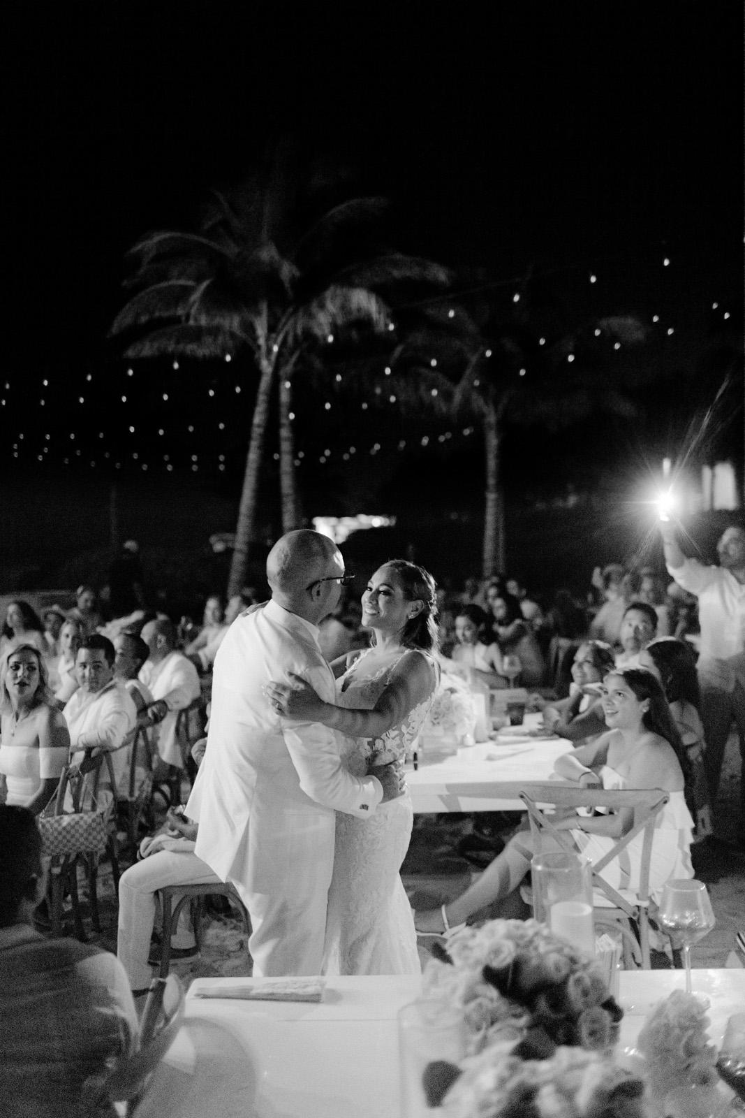Mexico Cancun photographer luxury wedding_0155